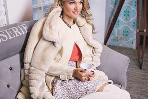 Модные вещи марта: 7 образов Жени Малаховой