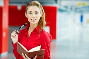 Как влияет внешность женщины на ее карьеру?