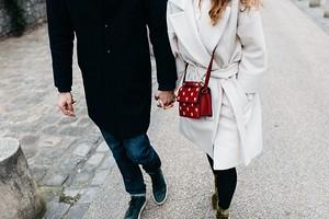 6 идеальных пальто для девушек маленького роста