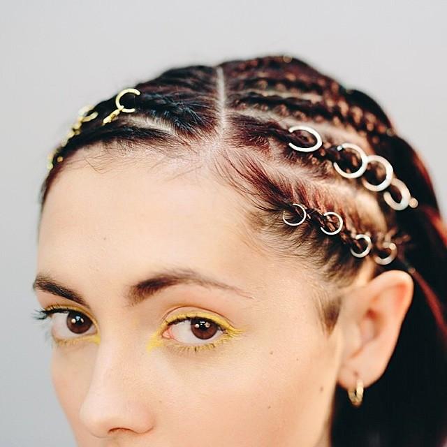 пирсинг для волос фото которыми заканчивастся мыс