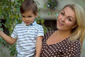 Надежда Ангарская призналась, что плакала от счастья, когда узнала о своей беременности