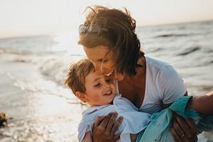 5 фраз, которые ни в коем случае нельзя говорить своему ребенку