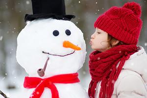 5 правил дресс-кода для зимней прогулки с ребенком (спойлер: чтобы никто при этом не замерз)