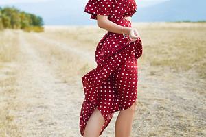 7 моделей асимметричных платьев, которые скроют недостатки фигуры