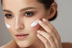 7 признаков того, что пора менять свой привычный крем для лица