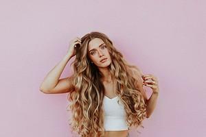 Какие витамины нужны для роста волос и кожи головы: что поможет отрастить косу до пояса?