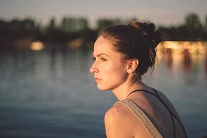Как женщине выйти из депрессии самостоятельно: мнение эксперта