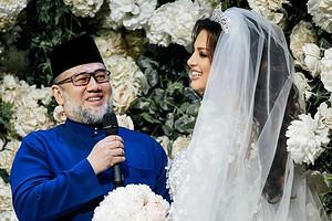 Оксана Воеводина подала в суд на короля Малайзии (хочет доказать отцовство)
