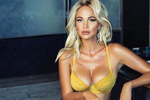 Мальчик вырос: сын Алены Водонаевой смотрит фото Лопыревой в Playboy (видео)