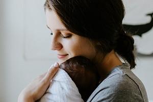 Правильное меню кормящей мамы по месяцам: что можно и нельзя есть, чтобы не навредить ребенку