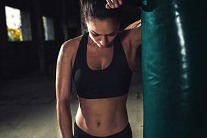 7 упражнений, которые помогут быстро восстановиться после тренировки