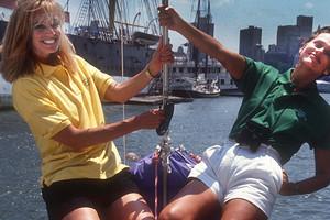 Мода 90-х годов: какую одежду носили все (фото)