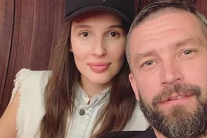 Солист группы Uma2rmaH Владимир Кристовский станет отцом в шестой раз