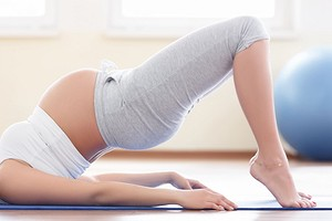 Не можно, а нужно: 9 упражнений в зале для беременных