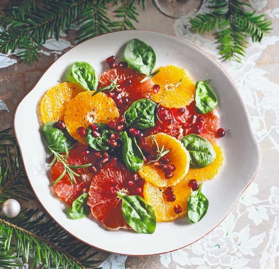 12 салатов для новогоднего стола: лучшие и необычные рецепты