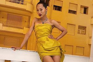 Модные платья для женщин на Новый год 2020: актуальные варианты для каждого типа фигуры (30 моделей)