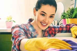 10 способов сделать уборку экологичной (жить и дышать станет легче)