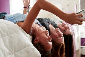 Подросток сводит тебя с ума: как правильно реагировать и не психануть