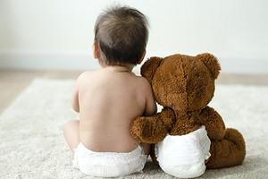 Какие подгузники для новорожденных лучше: рейтинг 2020