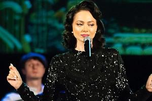 Настасья Самбурская высмеяла plus-size модель Эшли Грэм