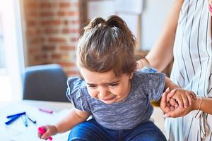 «Уймите его наконец!»: что делать, если ребенок стал неуправляемым