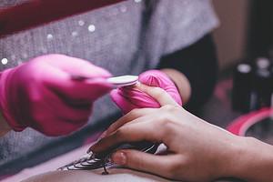 Мастер-класс в домашних условиях: как пользоваться наклейками для ногтей