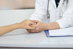 Российские женщины чаще всего умирают из-за опухолей