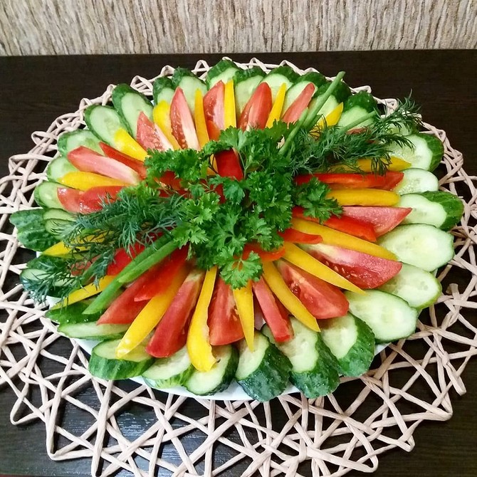 как красиво уложить овощи на тарелку фото подобрали фото
