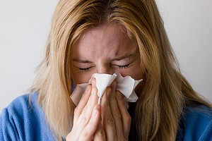 Аллергия на домашнюю пыль: как с этим жить и что делать