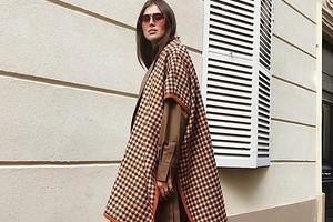 С чем носить пончо: 47 модных и уютных образов на осень и зиму