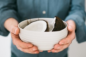 Как правильно есть кокос: 4 простых рецепта в домашних условиях