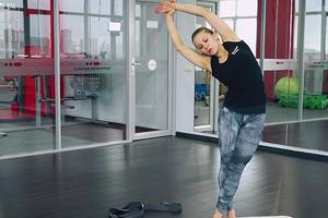 Чтобы не получить травму в зале: 5 простых упражнений для разминки