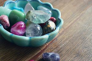 Камни, которые принесут удачу в любви по знаку зодиака