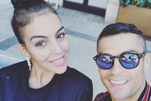 Криштиану Роналду поделился горячим фото с Джорджиной Родригес