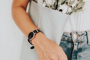 Вне времени: 18 модных женских часов, которые будут актуальны не только в 2019