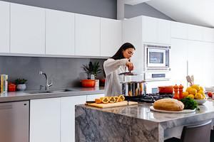 7 гаджетов и приспособлений для кухни, которые по-настоящему упростят тебе жизнь