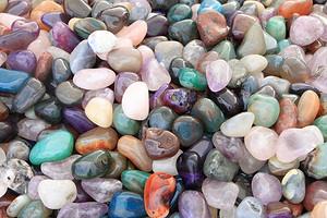 Какой камень-талисман нужен тебе по знаку зодиаку