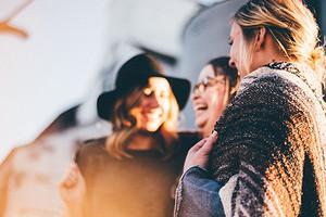 7 способов найти новых друзей, когда тебе за 30