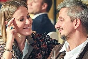 Ксения Собчак опубликовала фото в свадебном платье