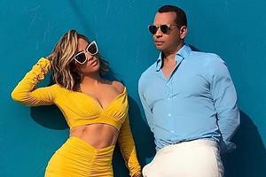 «Это будет долгий перелет»: Дженнифер Лопес и Алекс Родригес раскрыли детали грядущей свадьбы