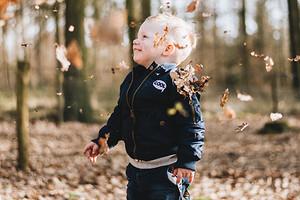 Что делать, если у ребенка заложен нос (спойлер: не спеши использовать капли)