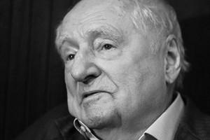 Марк Захаров умер от воспаления легких