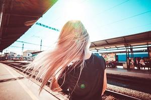 Как можно выпрямить волосы без утюжка: 6 способов, о которых ты всегда забываешь