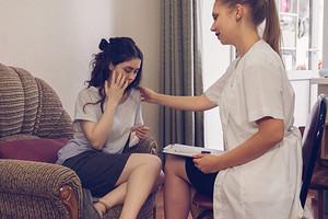 Спросили у гинеколога: каковы симптомы недостатка прогестерона у женщин