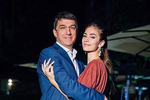 Анастасия Шубская поздравила красавца-отца с днем рождения (копия папы)