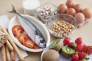 Без суши, сыра и шоколада: какую диету соблюдать при атопическом дерматите
