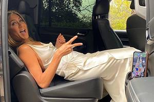 Секреты стиля Дженнифер Энистон, которые позволяют ей выглядеть молодо