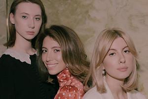 Вера Брежнева отправила младшую дочь отдыхать с наследницами Валерия Меладзе