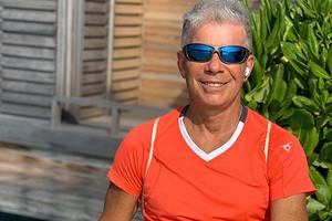 68-летний Олег Газманов станцевал ламбаду и продемонстрировал свою форму (видео)