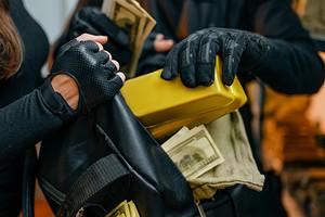 6 приемов, которые помогут защитить дом от воров (это важнее, чем сигнализация)